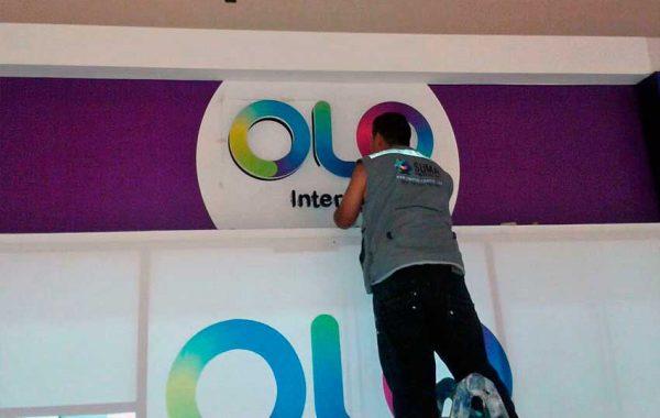 Fabricación de letrero OLO - Metro Chorrilos - lima 2019 Suma Publicidad