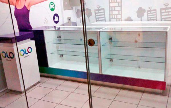 Mantenimiento de exhibidores OLO – Metro Chorrillos - lima 2019 Suma Publicidad